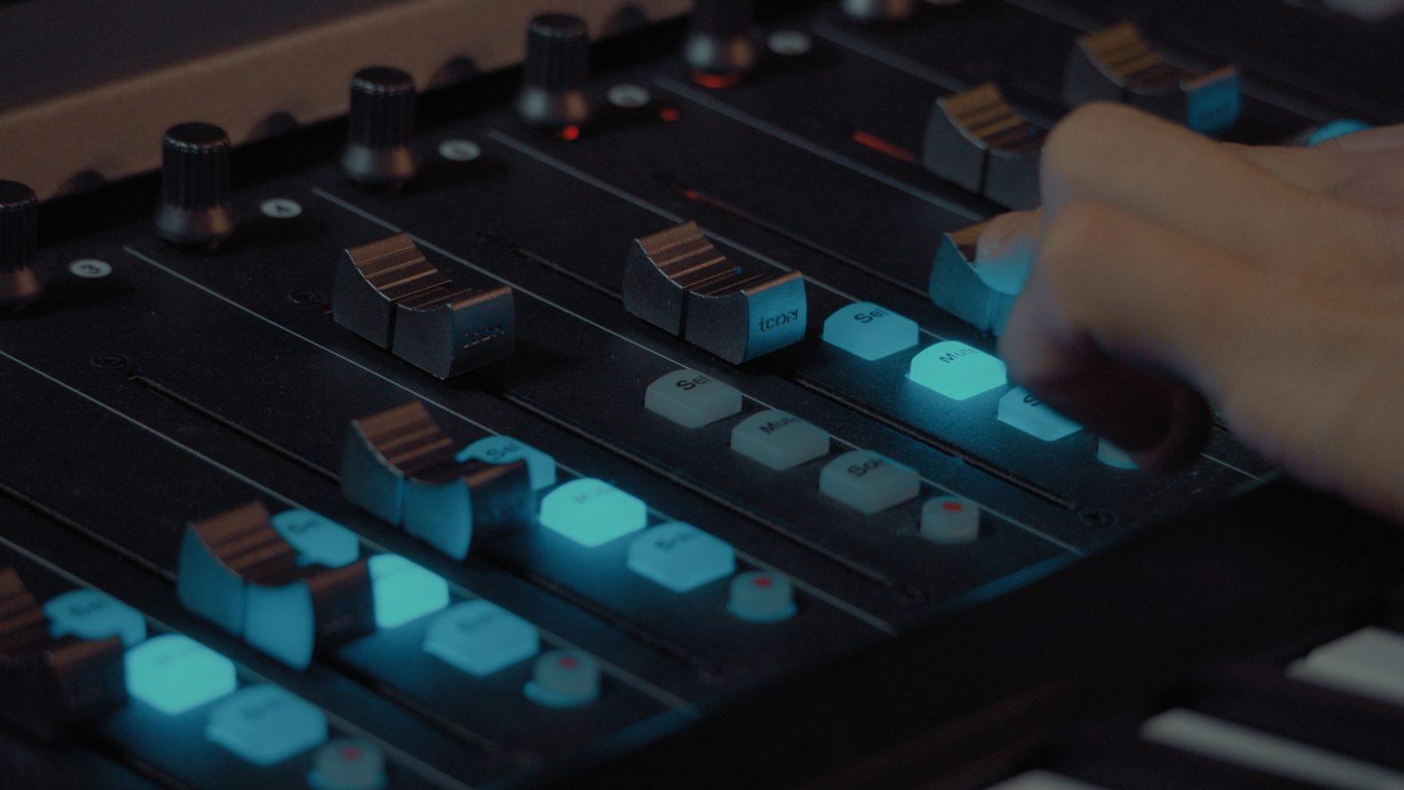 音楽制作とグレーディングならお任せ。